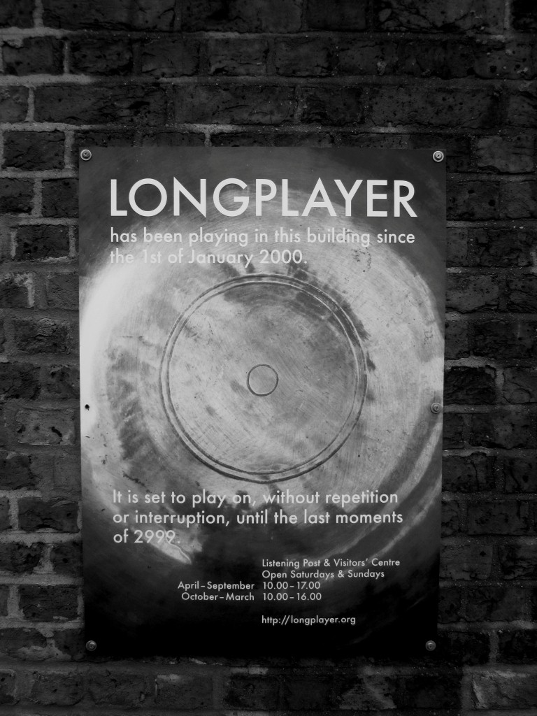 Longplayer 2 bw (Medium)